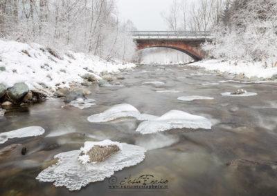Il ponte nel ghiaccio